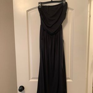 Black strapless maxi dress with pockets